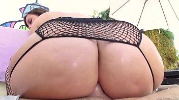 brunette gets her massive ass fucked-watch pt2 on milfpornplus.com