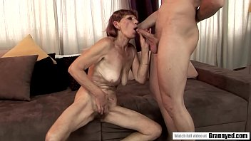 Saggy tit mature got her all natural pussy fucked hard 6 min