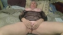 MOMMA spreads her pussy - Sorry no sound