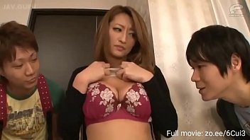 Milf step aunty with big ass fucks nephew he accidentally cums in her