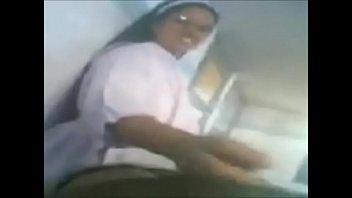 Video encontrado en el celular de un sacerdote catolico m.   DESCARGALO=► gestyy.com/w2QXAu