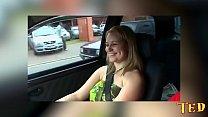 Carona do Ted #4 Fodi o rabo da loira dentro do carro no meio da rua - Melissa Alecxander