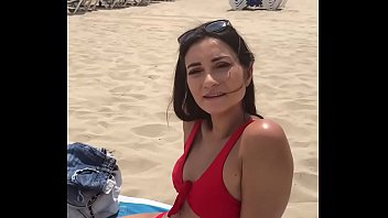 Valentina Bianco picked up on the beach for a quickie