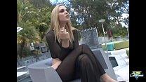Annette Schwarz, belle salope énervée se fait défoncer