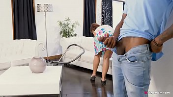 Sizzling MILF Syren De Mer Surprised by BBC boyfriend of daughter