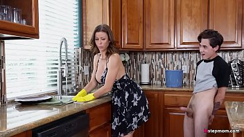 Hot Step Mom Alexis Fawx Cannot do the chores while step son tries to fuck her nonstop