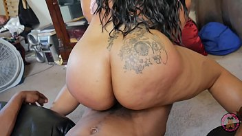 Sexy Big Booty Pornstar Vanity Vixen came to HOOD to get that pretty pussy pounded by 12 inches of BBC