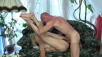 ugly 83 years old mom b. big cock fucked