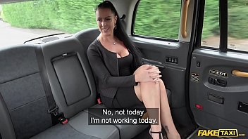 Fake Taxi Texas Patti and her Wild Fucking Ride in UK