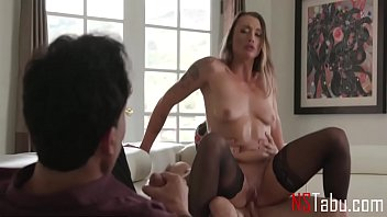 How Does It Feel To Watch Your Wife Getting Fucked By A Stranger - Piper Cox