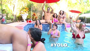 DANCING BEAR - Bride To Be Wildin' Out With Her Slutty Friends In The Pool