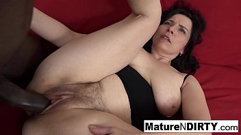 Mature with natural tits gets a creampie in her hairy pussy! 7 min