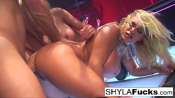 Sexy Shyla Stylez's hot threesome