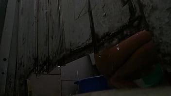 Quay Lén Em Gái Phòng Bên Tắm