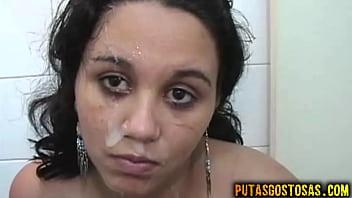 Novinha gatinha de 18 anos toma rola grande na buceta e cuzinho para receber gozada na cara no final