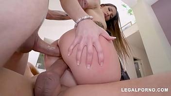 Big butt French slut Clea Gaultier double penetration fucked balls deep