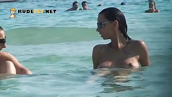 Hot nudist babe sunbathes on nude beach