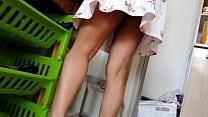 upskirt a la esposa de mi amigo. Modelo argentina Mia Katherine