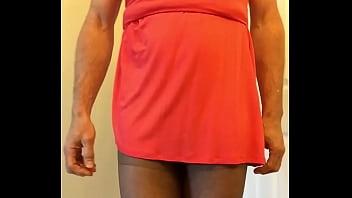 Crossdresser cums through pantyhose