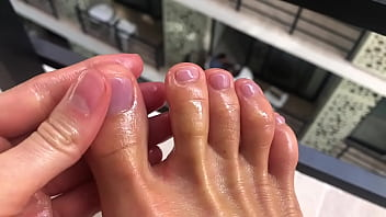 Gina Gerson play with feet