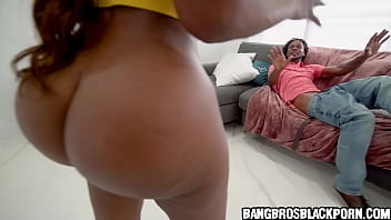 Black milf catches her man jerking off watching porn and wants payback - ebony porn 5 min