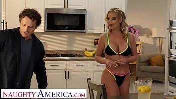 Naughty America - Big tit blonde Rachael Cavalli fucks the repairman after lemonade