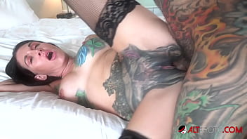 Inked babe Marie Bossette lets Sascha creampie her