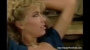 Retro Vintage MILFs Having Classic Sex Fun Experience