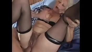 Abuela folla con su nieto granny Norma