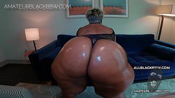 BIG BUTT MATURE MILF Ms. WATSON 3 min
