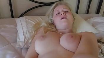 Natural Masturbation with Anna Mai