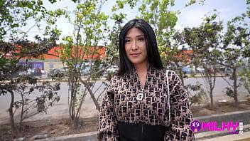 Sofia Cavero, peruana pillada en las calles de Trujillo