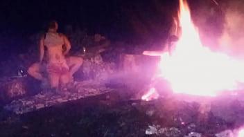 late night bonfire fucking 8 min