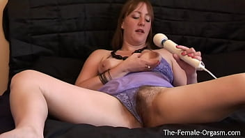 Voluptuous Babe With Furry Pussy Brings Herself To A Satisfying Pulsing Orgasm With The Hitachi Magic Wand