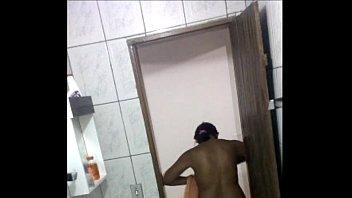 Vizinha Gostosa saindo do banho, spy