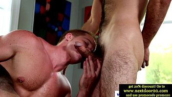 Muscles in amateur threeway sucking on cock