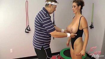 Eva Notty in training 6 min