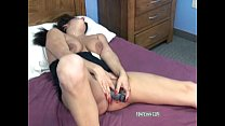Rena Lynn fucks her twat with a vibrator