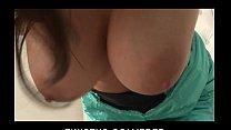 Big-tit brunette babe Taylor Vixen finger-fucks herself on camera