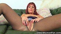 UK milf Beau's wet fanny begs for a dildo fuck