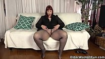 USA milf Scarlett shows us her nyloned wide hips and more
