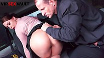 VIP SEX VAULT - Czech Arogant Nympho Morgan Rodriguez Takes Daddy's Cock On Car