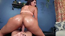 HUGE ASS 19 YEAR OLD: VALENTINA JEWELS IN BIG BUTTS & BEYOND 4 [TRAILER]