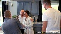 Brazzers - Mommy Got Boobs - (Ashton Blake), (Mike Mancini) - Pimp My Mom