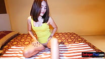 Amateur Thai teen gives him a hot massage with happy end