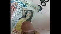 Cum tribute to Kriti Sanon