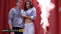 Real Wife Stories - (Luna Star, Tommy Pistol) - Now You See Me Now You Ho - Brazzers