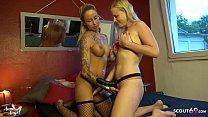 Deutsche Lesbe BlondeHexy fickt Anni Angel mit Strap On bis zum Orgasmus