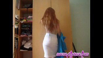 Redhead in home made action
