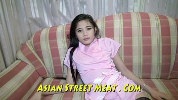 High Class Thailand Girlie Gasps Sweetly